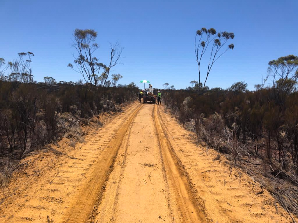 Kula Gold Media - Mobile auger drilling in Southern Cross December 2020